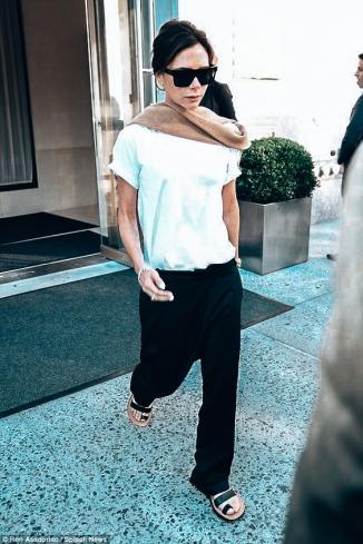 Victoria Beckham _ White Tee Shirt 3